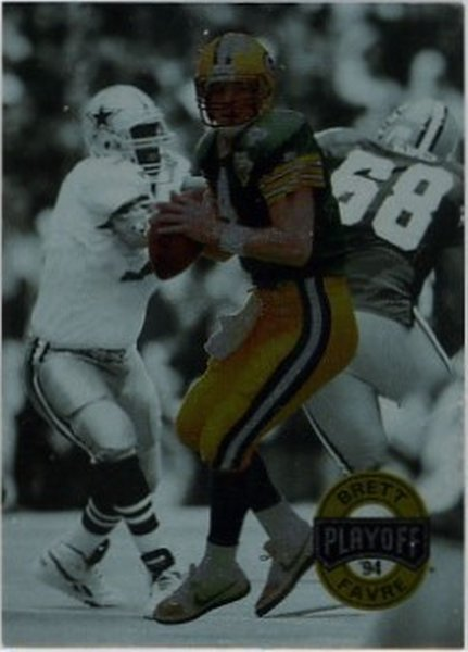 1994 Playoff #30 Brett Favre NM-MT Packers